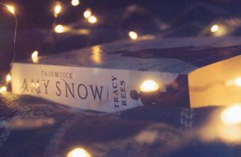 tajemnice amy snow tracy rees